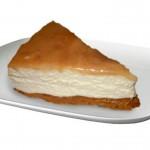 Cheesecake senza cottura, con salsa di caramelle mou
